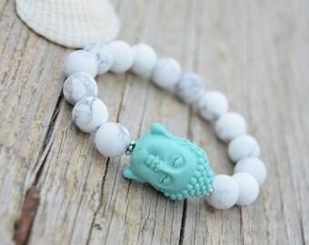 Chunky resin budha mala bracelet White bead bracelet White stretch bracelet Yoga budha bracelet Summer jewelry Fashionable Stackable