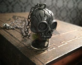 Terrarium necklace // bone necklace // gothic necklace // taxidermy necklace // animal bone jewelry // skull necklace // crystal necklace