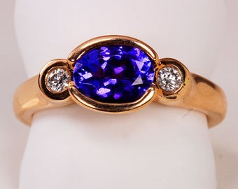 East to West Tanzanite Ring