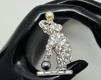 KJL Balancing Ball Elephant Pin