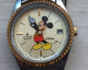 Lorus Quartz Mickey Mouse watch vintage ladies; made in Japan