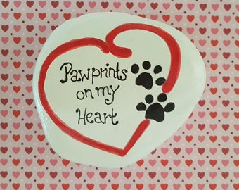 "Pebble ""Paw prints on my heart"" Decoration - gift - animal lover - cat lover - dog lover - retirement - pet memorial stone - customized gift"