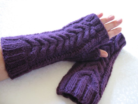 Fashion accessory Women mittens Wool warm women Mittens gift Christmas gift idea Gift for sister Romantic gift Gloves with braids Fingerless