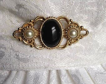Vintage pearl brooch/stock pin. FREE shipping in the USA!