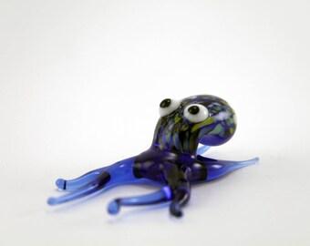 Color Glass octopus.Figurine octopus.Figurine Glass.Figurine.Glass Animal.Sculpture Glass.Art octopus. octopus.Collectible Figurine(f19)