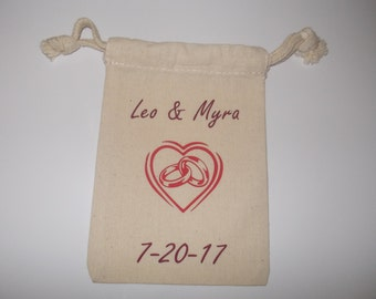 Wedding favor bags. Personalized gift bags.