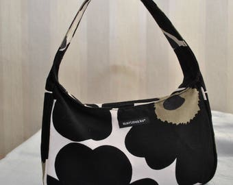 Vintage White Black Cotton Large Flowers Print Bag Handbag Made in Finland by MARIMEKKO