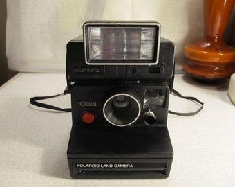 Polaroid Camera Land Camera 1000 S + Polatronic 1 Flash