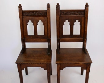 Antique English Pair of Oak Chairs with Acorn Motif c1890