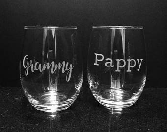 Grammy and Pappy etched glass set ~  Set of etched wine glasses ~ Gift for grandparents ~ Custom etched glasses ~ Grandma and Grandpa gift