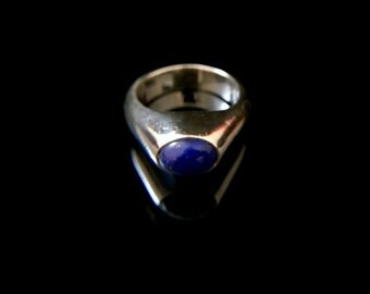 Sterling Silver Ring with Lapis Lazuli Cabochon, Size 6