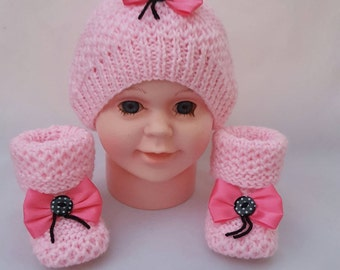 Pink hat and booties, newborn hat and booties, hat and bootis for newborm, hat and booties for kids,