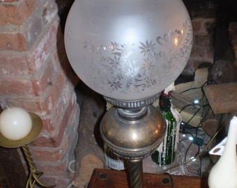 Beautifully Made English Antique Brass Electric Table Lamp,Oil Lamp Styling,Ideal for a Period Style home.