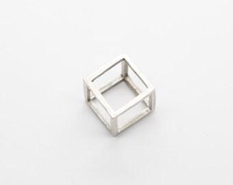 Cube Charm - CE12