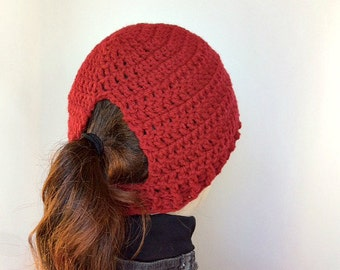 Burgundy Ponytail Crochet Hat/Burgundy Messy Bun Crochet Hat/Ponytail Hat/Messy Bun Hat/Ladies Ponytail Hat/Burgundy Messy Bun Beanie