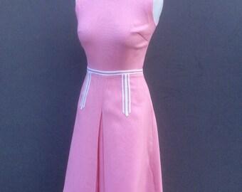 Windsmoor pink sixties dress | size 8 small