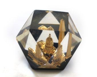 Vintage Washington Souvenir Lucite Paperweight