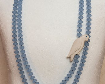 Necklace Bohemian glass with parrot in porcelain