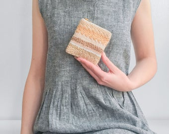 Small coin purse, Handwoven money pouch, Woven zipper pouch, Zipper bag, Jewelry organizer, Plant dyed, One of a kind purse, Muted colors