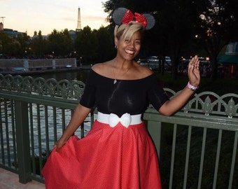 Full 1950s style skirt with tulle