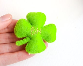 Lucky charm | Pocket love | Custom lucky clover | Four leaf clover | Gift for friends | Personalised token | Lucky gift | Embroidered clover