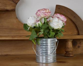 Wedding flowers, artificial flowers, roses, artificial display, silk flowers, vintage flowers, roses, floral arrangement, floral display