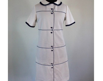 Vintage 1960s White and Navy Mod Shift Dress - 60's Peter Pan Collar and Buttons - Tennis Dress style - Size Medium