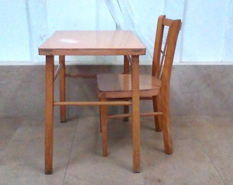 Table and Chair schoolboy Baumann vintage set.