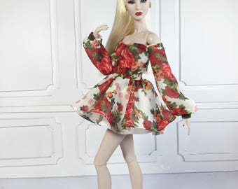 "DE ROSES ROUGES  - Fashion for Fr2 and same size 12"" doll"