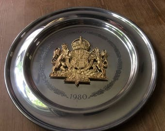 """Queen Mother 1980 Commemorative 80th Ltd Ed 10.25"""" Pewter Plate by Aquinas Locke"""