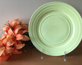 "Hazel Atlas Moderntone Platonite Pastel Yellow 9"" Dinner Plate - Set of 2"