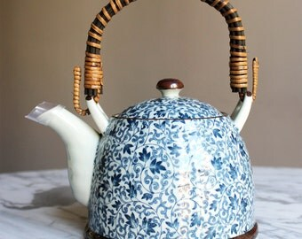 Teapot Japanese 1 L very nice gift