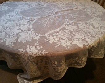 Vintage lace tablecloth /pretty lace square table linen/ships worldwide from UK