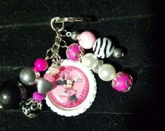 Minnie mouse bottlecap keychain