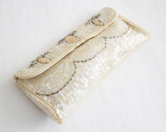 Beautiful (With Original Box!) Sequin  La Regale Made in Japan Clutch