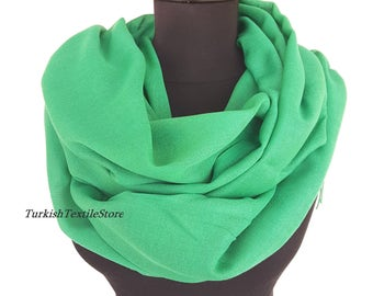 Green Wedding Pashmina Shawl Green Bridesmaid Pashmina Green Scarf Bridesmaid Gift Green Wrap Oversize Shawl Green