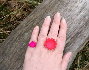 Flower ring, Red 3D printed ring, modern jewellery, large bloom daisy, outdoors gift, Earth gift, Inspirational gift
