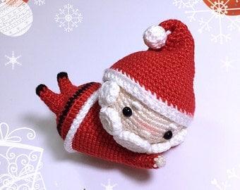 Crochet Doll Pattern - Q Santa Claus