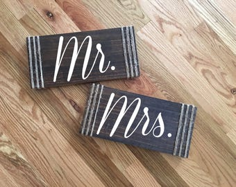 Mr and Mrs Chair Signs-Wedding Chair Sign-Mr & Mrs Signs-Wedding Photo Prop-Rustic Wedding Decor-Mr Mrs Table Signs-Wood Signs-Wedding decor