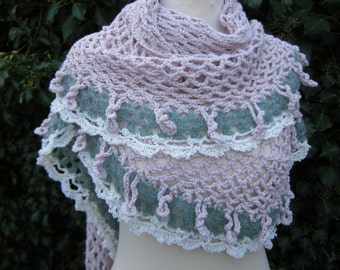 Shawl romantic triangle crochet Frings triangle towel Romantikschal Rosé