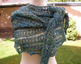 """Pattern"" scarf, shawl, hand knit shawl triangle shawl, hand turquoise green-dyed,"