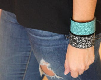 Genuine Stingray Bracelet/Stingray Leather/Genuine Exotic Leather/Thick Cuff Bracelet (Turquoise)