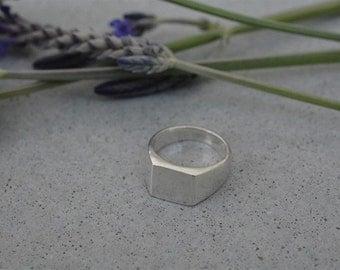 Sterling silver signet ring, sterling silver pinky ring, pinky ring women, pinky signet ring, seal ring, solid silver ring, signet ring man