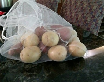 Mixed Pack of 8 Grocery Bags, 4 drawstring produce bags, 2 large grain/bulk bags, 2 small grain/bulk bags