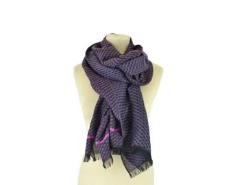 Motif Wax aubergine - Woman's scarf - La Tribu des Oiseaux