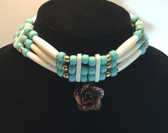 Hairpipe Choker with rose pendant