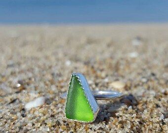 Green seaglass ring size 5 1/4