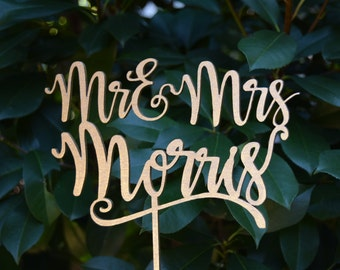Personalized MR&MRS Wedding Cake Topper, Wedding Cake Decor, Surname Topper - Rose gold Glitter - Wedding Gift, Valentine Day Cake Topper
