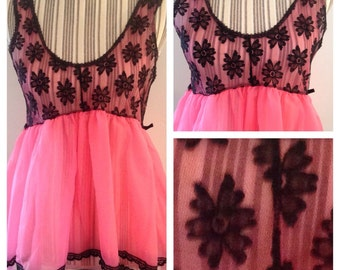 Vintage 60's Hot Pink Flowered Nightie