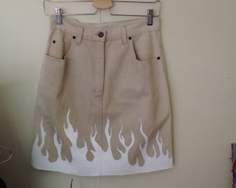 Beige high waisted flame skirt -10